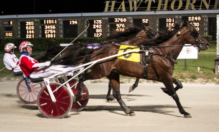 Call For Justice (Casey Leonard) goes after a repeat victory in Saturday night's Open Handicap Trot. (Four Footed Fotos)