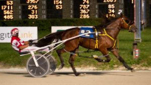 Sporty Redhot (Todd Warren) aims to stay perfect Sunday night in the Incredible Fnale 2-year0-old colt series. (Four Footed Photo)