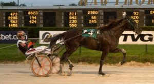 Bands Houdini (Kyle Husted) took the Daryl Busse Series Final. (Four Footed Photo)