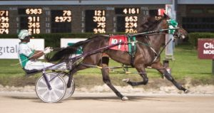 Filly Forty (Jamaica Patton) paid $118.40 when she pull off a major upset in the second Plum Peachy split. (Four Footed Photo)