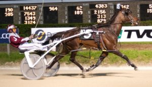 Franco's first career victory came behind the pacer Parklane Dragon at Hawthorne. (Four Footed Photo)