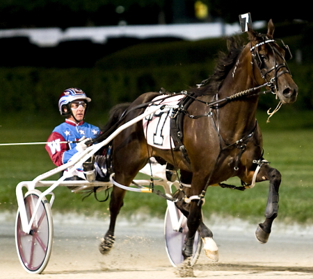 It was the Joe Seekman Stable's Booze Cruzin (Sam Widger) the 3-year-old NOC winner in 2007. The Joe Seekman trainee later that year captured Maywood Park's $220,000 Windy City Pace Final. (Four Footed Fotos)