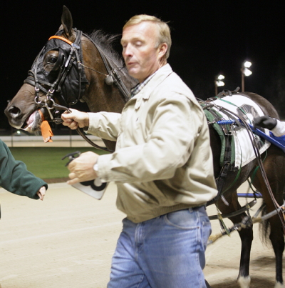 Trainer Mark Fransen with his Maywood Park 2007 Abe Lincoln stake champion Andy Roo. (REB Photo).