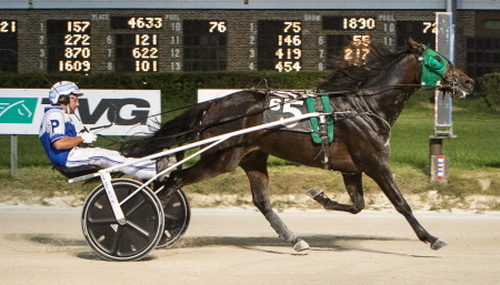 Lourhianon's victory Sunday with driver Luke Plano shuffled the Erwin F. Dygert stake series standings for ICF sophomore male trotters. (Four Footed Fotos)