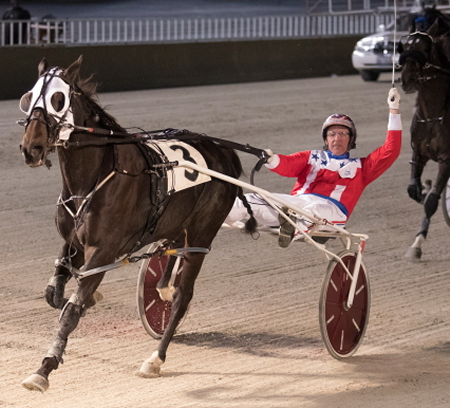 Fox Valley Gemini (Casey Leonard) looks to regain his winning form at Hawthorne when he goes postward in Saturday's Open Two Pace. (Four Footed Fotos)